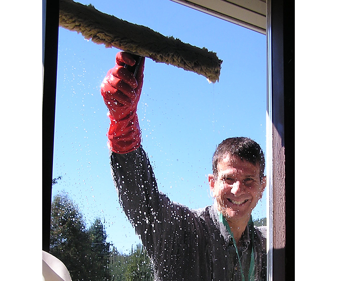 hard to clean windows, hard to reach windows, hard water stains off windows